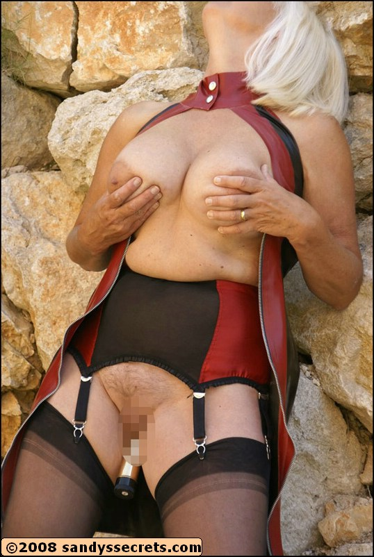 Apologise, Sandy s secret nylons mature the