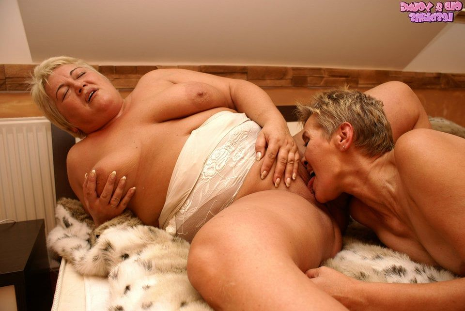 Fat people having sex naked