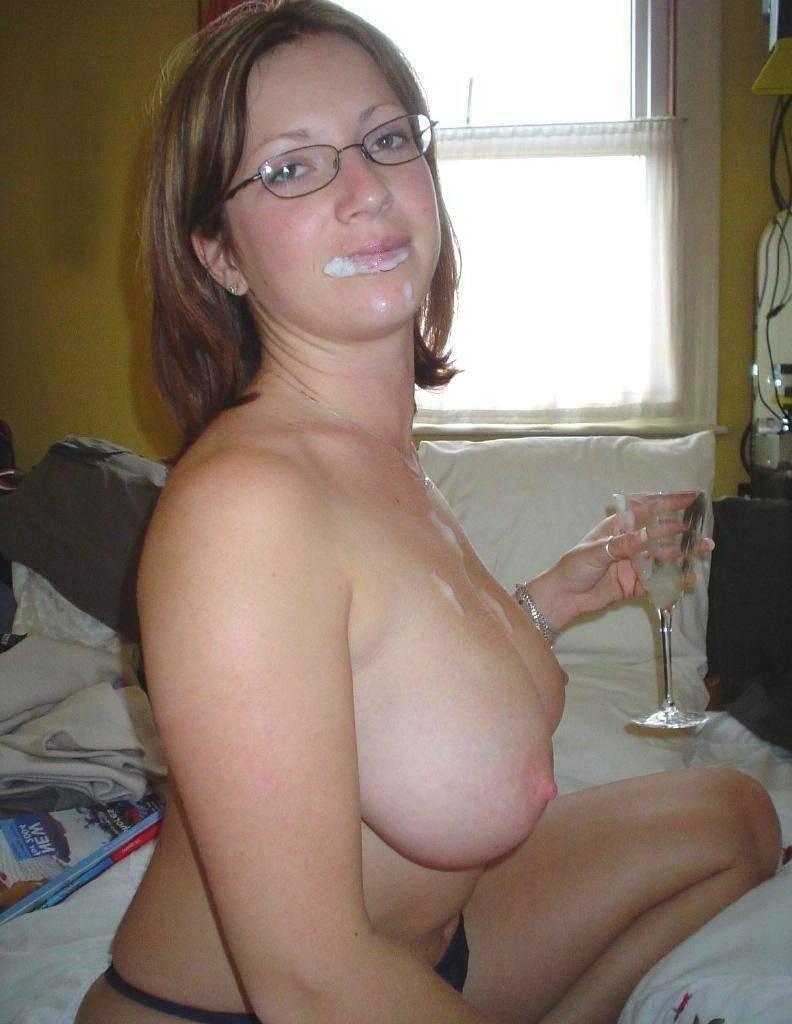 Suck the cum of my tits