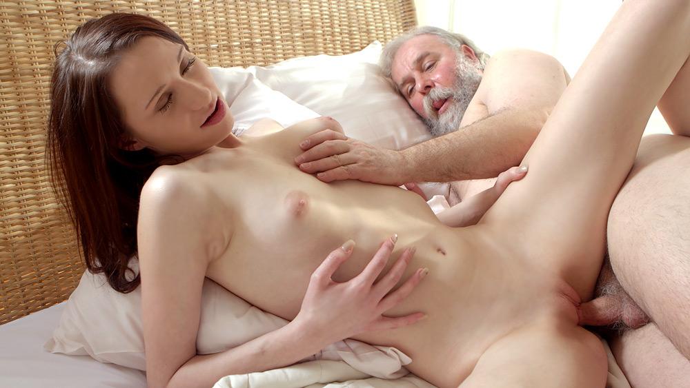 Girls wiyhout panties sex