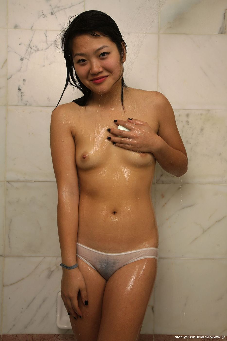 hot asian girls naked in shower