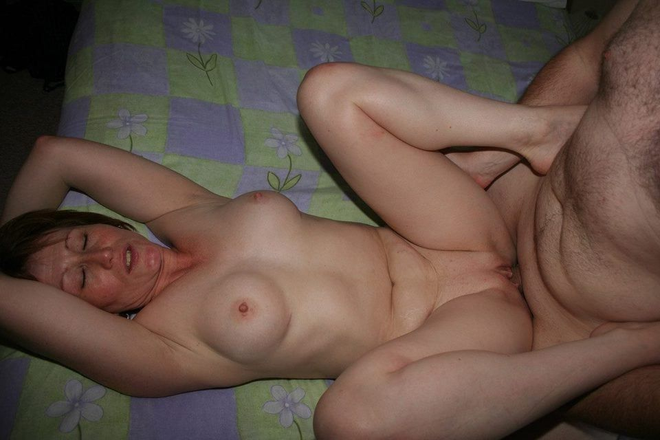easy young nude girls