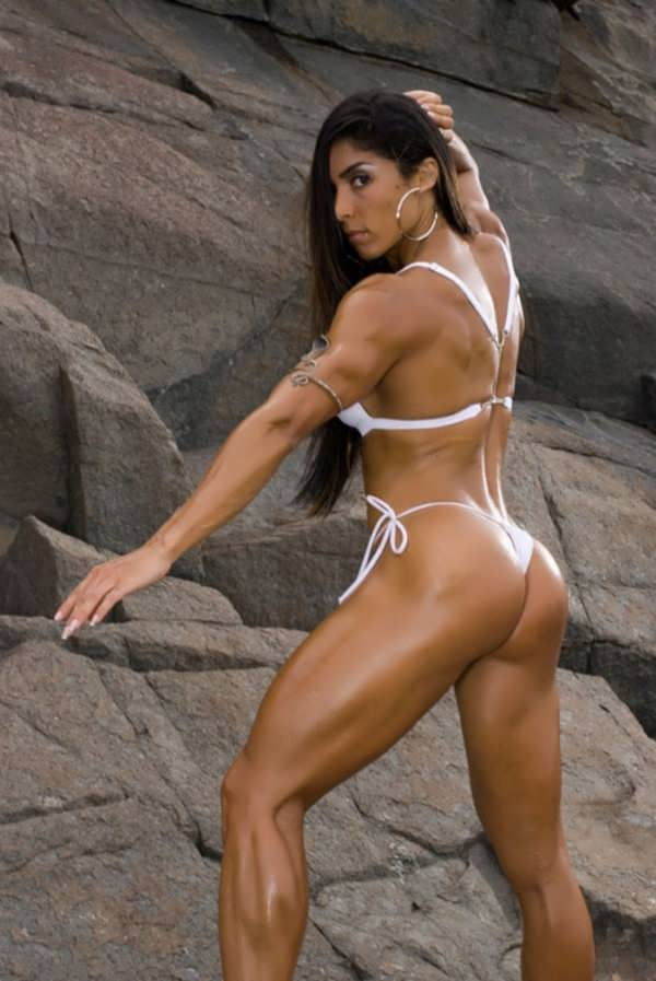 Naked Muscle Girls -