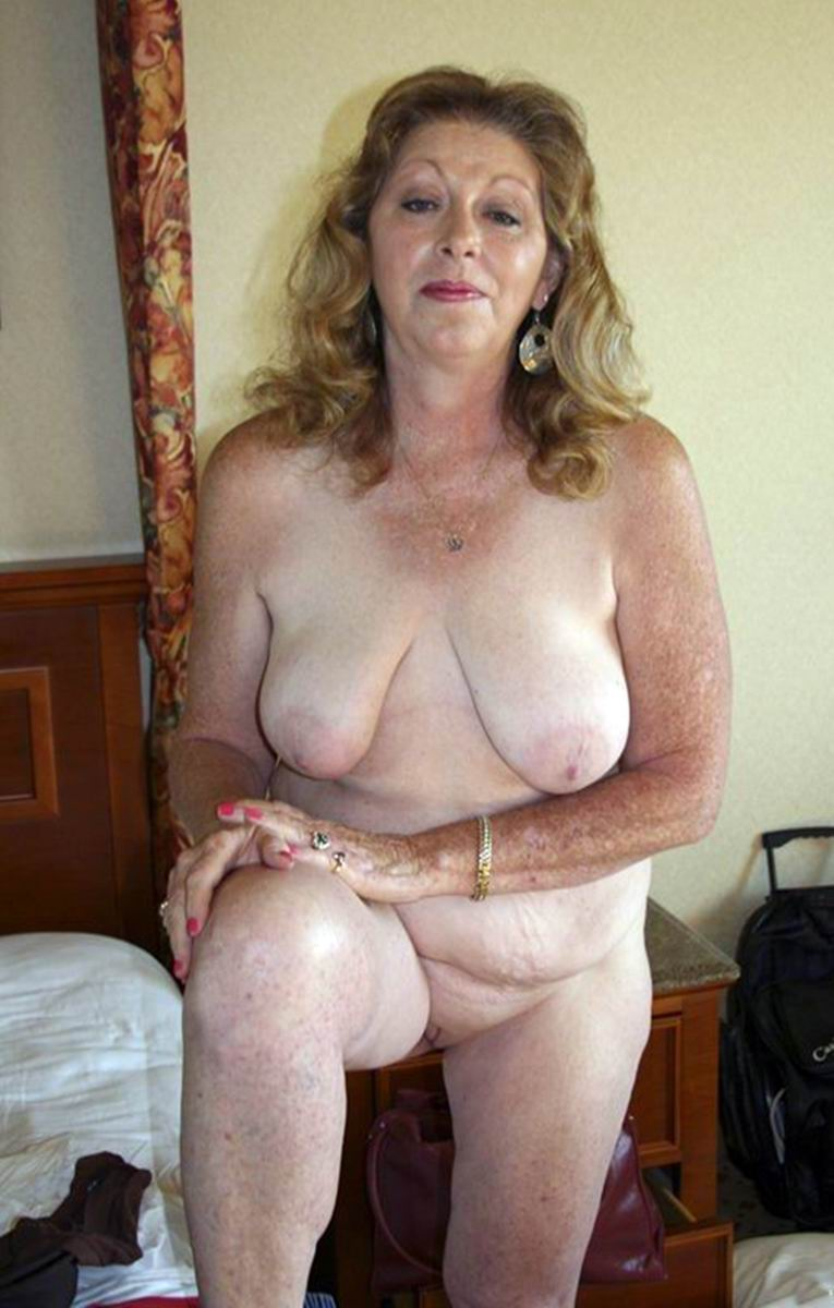 Nude mature free bdsm