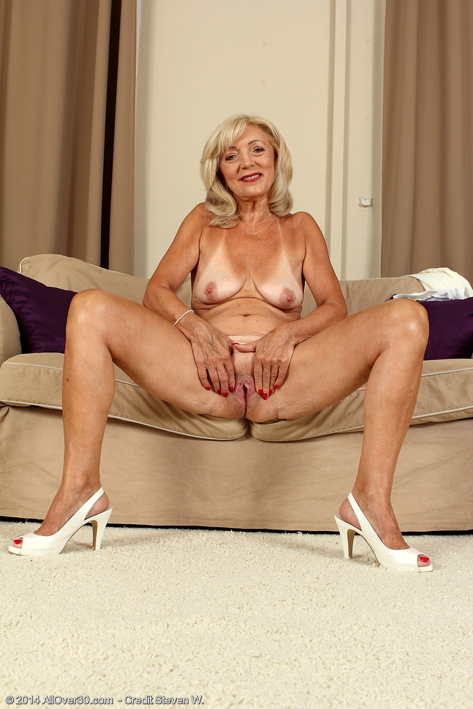 Authoritative Hot nude old women