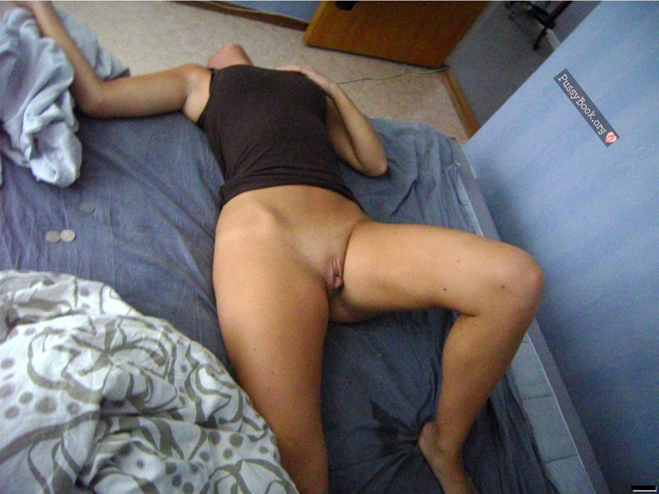 pictures of naked drunk passed out girls