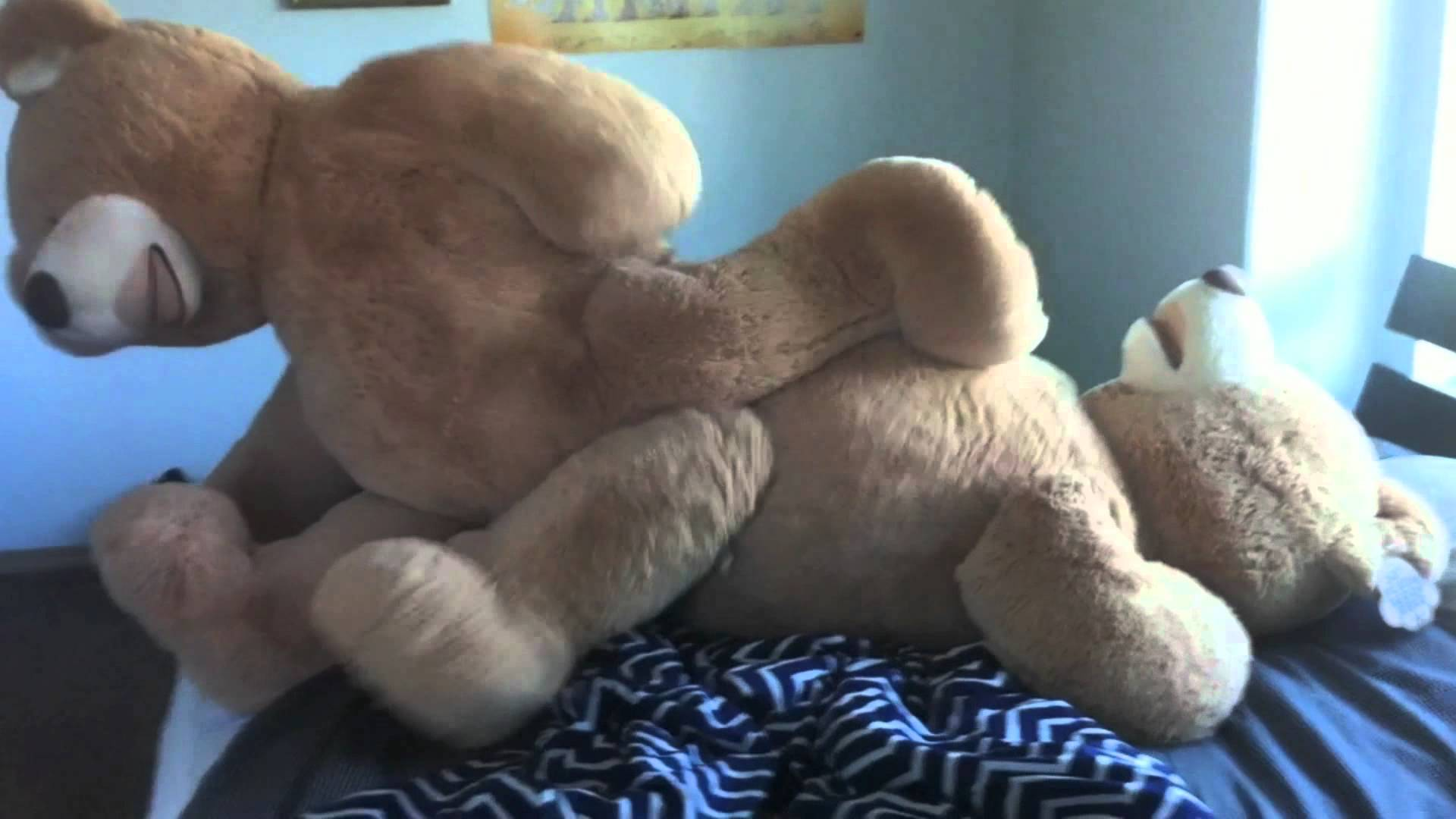 from Desmond sex nude with teddy bear