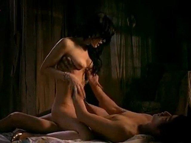 Nackt-Sex-Szenen Japanische Halbe nackt