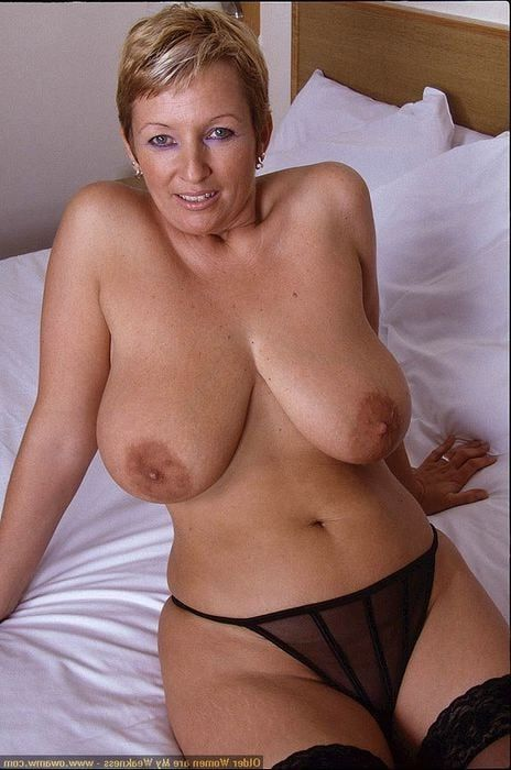 Mature big breasts tumblr