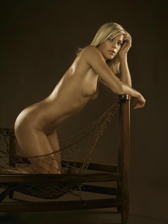 Sexy naked women athletes