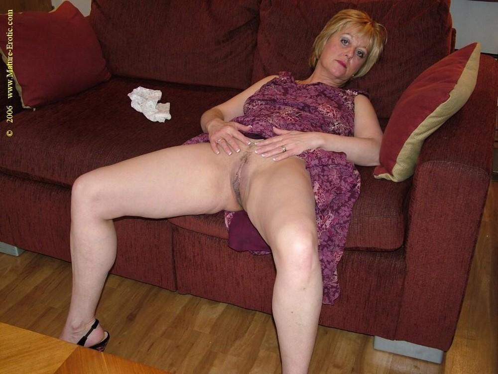 Lady sonia blow job