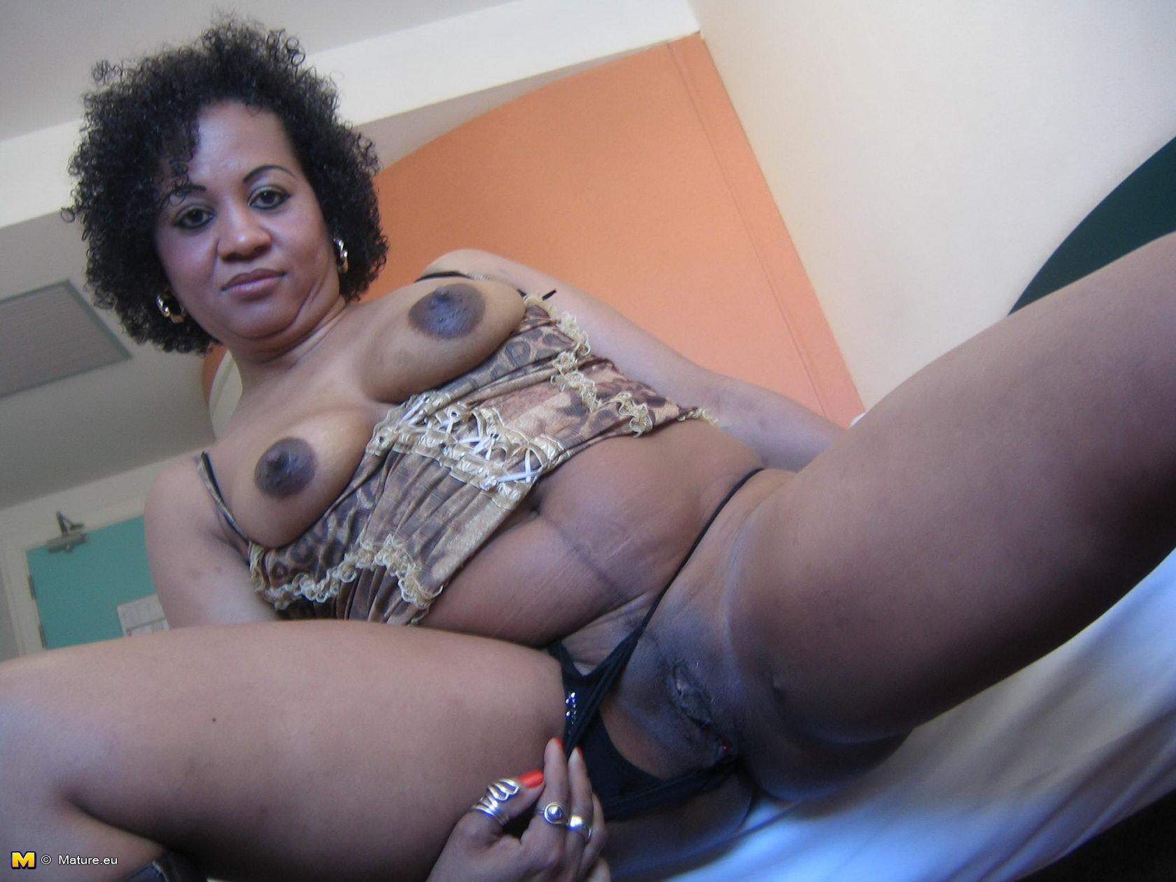 black granny pussy gif porn - porn tube