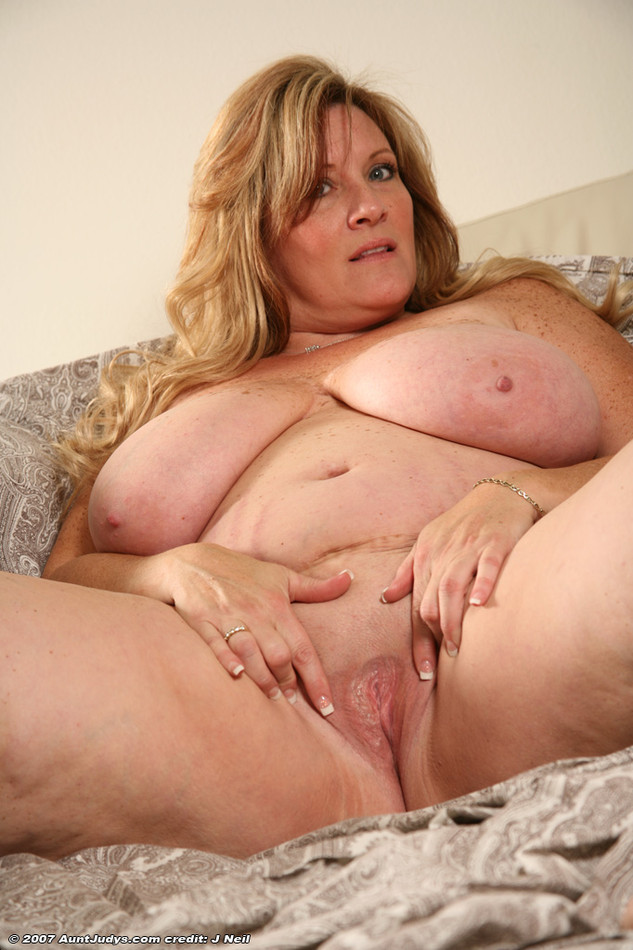 Amateur naked over-60