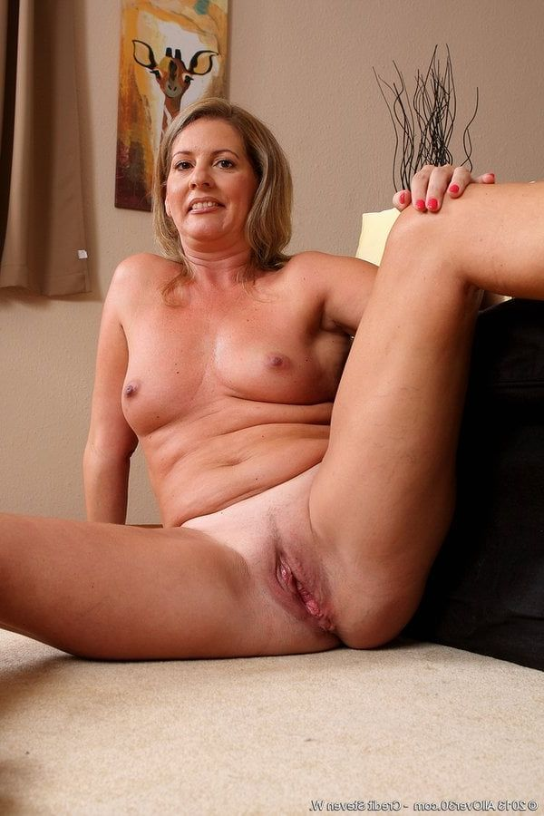 60 Mature porn over women