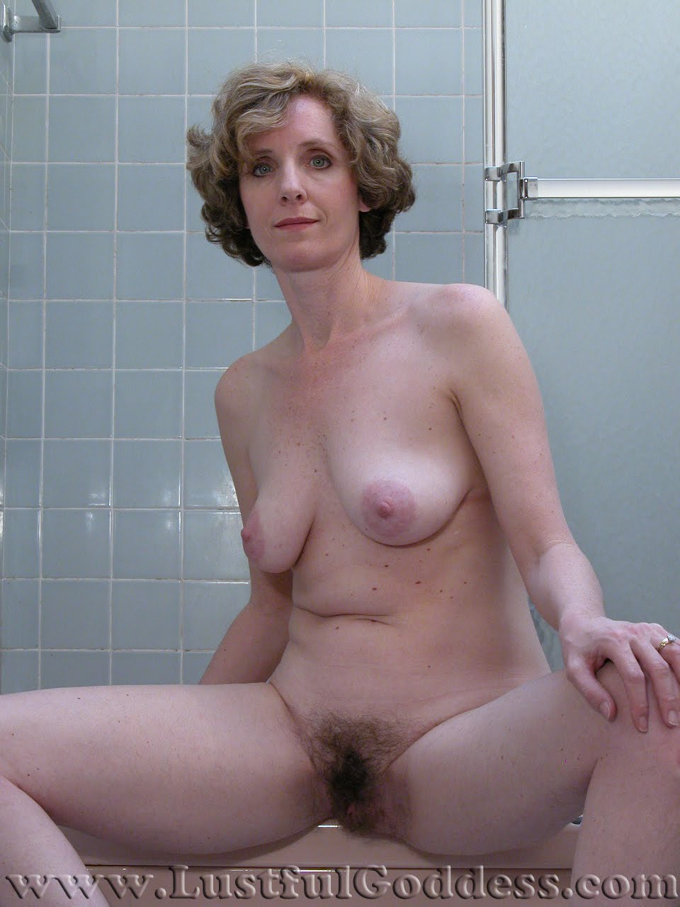 Beautiful Mature Hairy Pussy