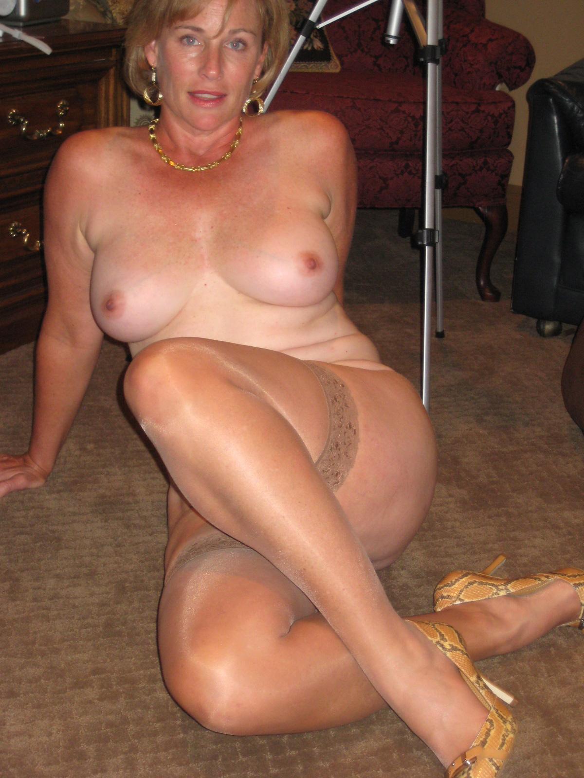 50 Porn Free 50 mature pantyhose | xxx porn library