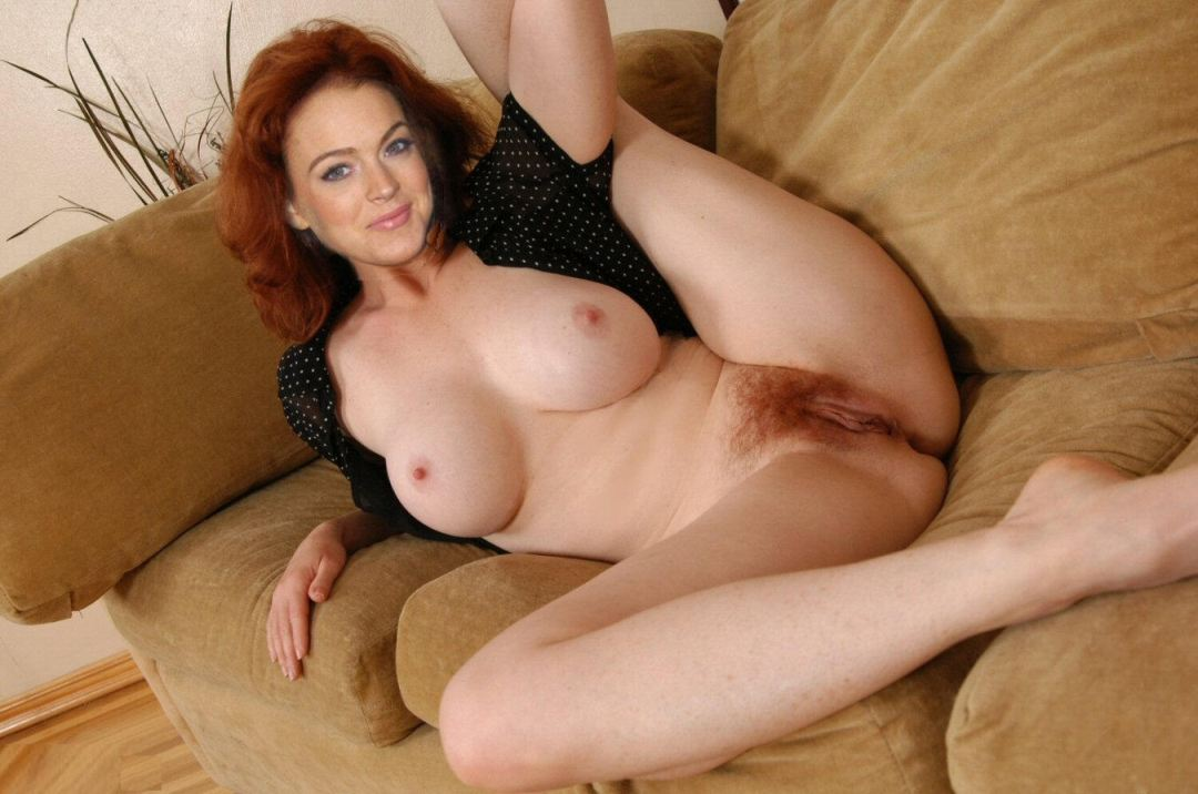 Mature bbw legs spread