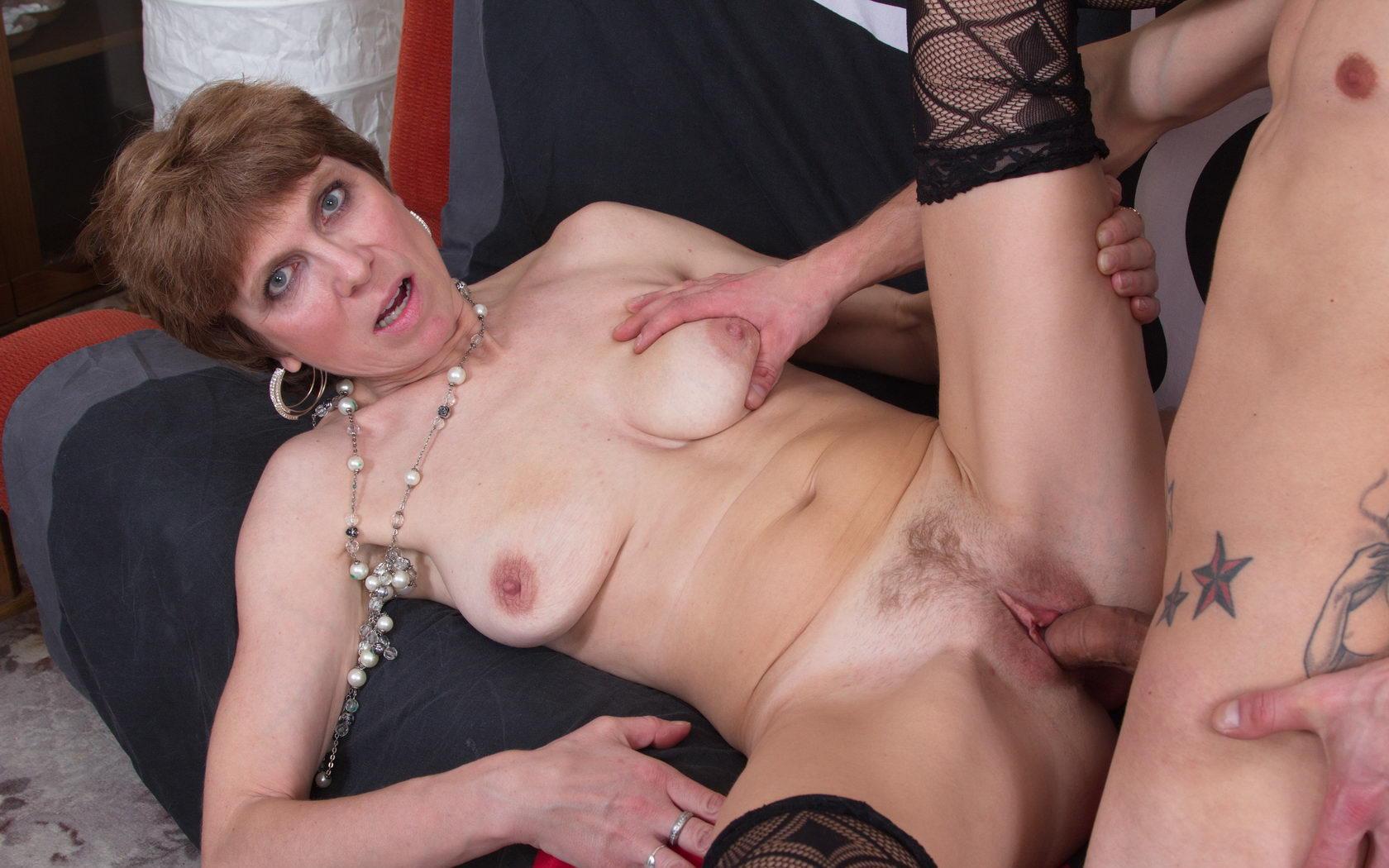 порно зрелых дам просто