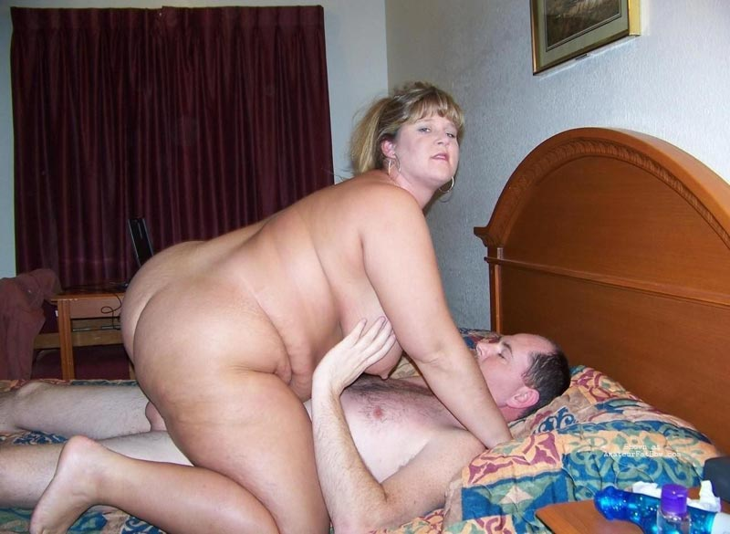 Mature Nude Female Getting Banged From Rear