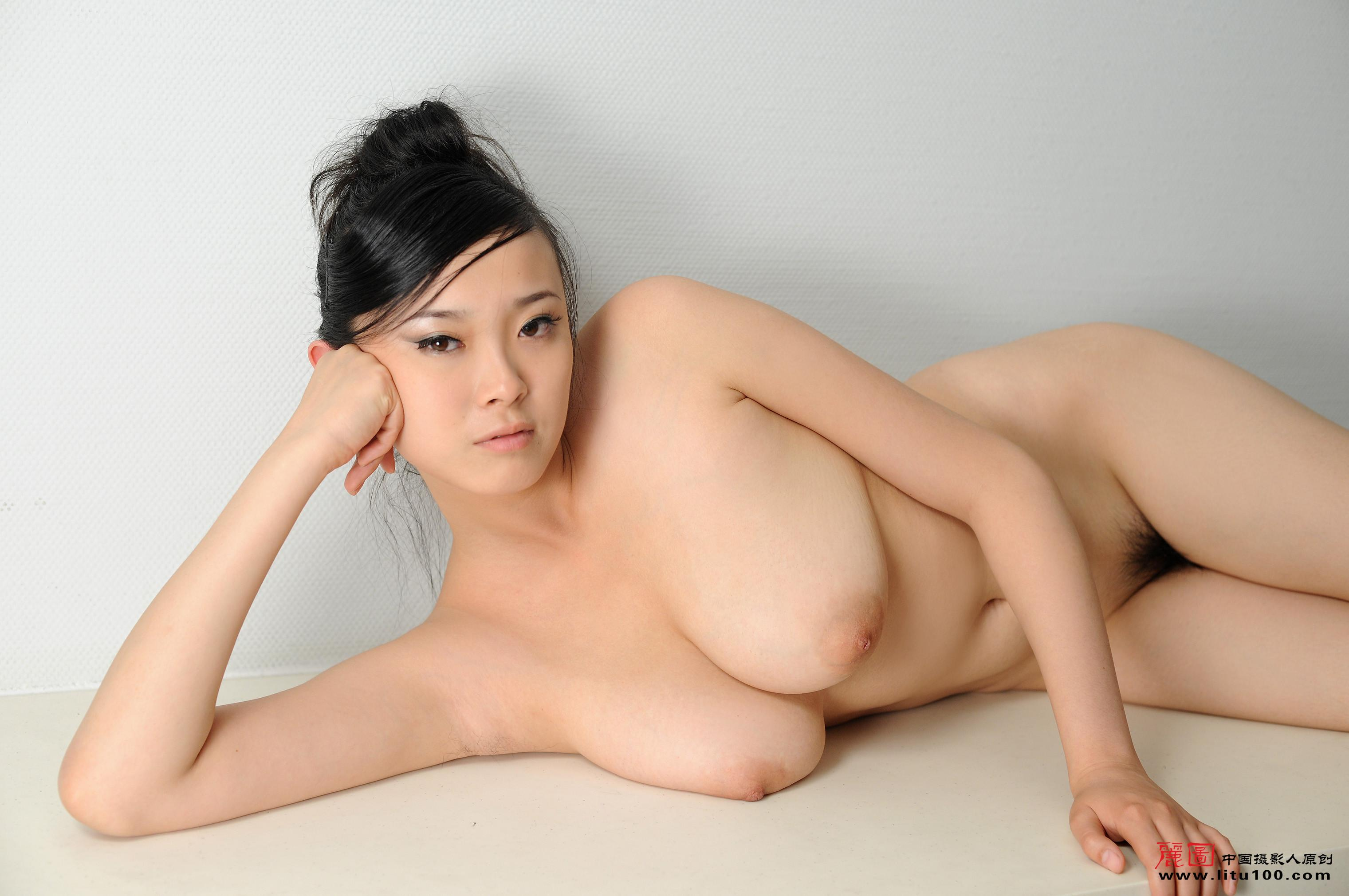 Chinese nude naked girls