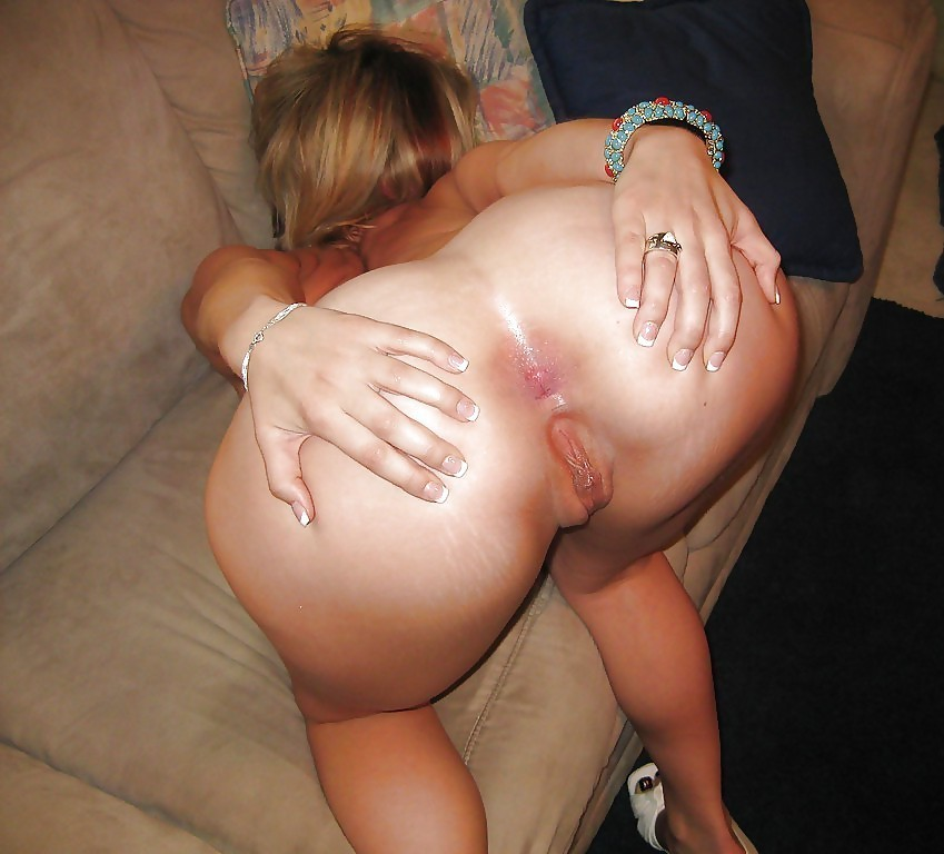 Hot assed amateur sluts spread cheeks