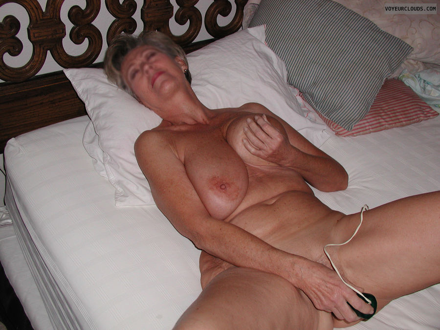 Mature Mexican Squirt Amateur